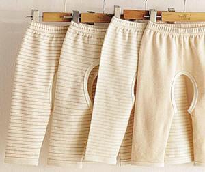 给宝宝穿开裆裤究竟是好还是坏?
