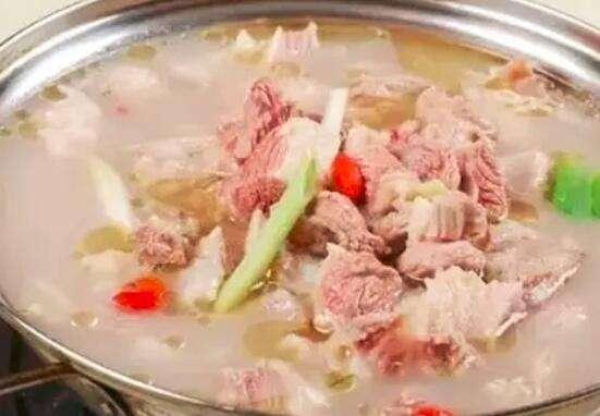 孕妇喝羊汤对胎儿好吗?怀孕适合喝羊肉汤吗