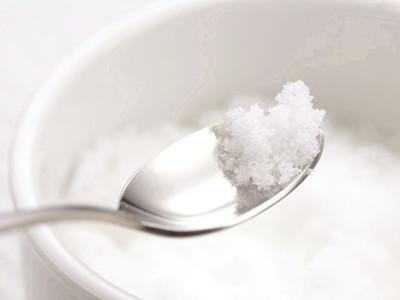1-3岁宝宝为什么要少吃盐?宝宝吃盐要注意什么?