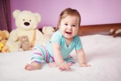 新生儿成长各个阶段的笑代表什么意思