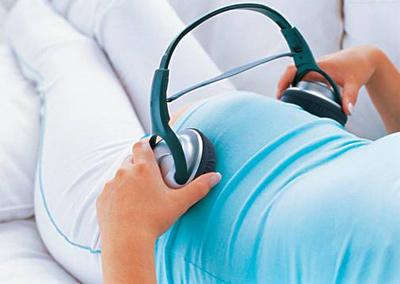 喜欢音乐是胎儿的天性 快来音乐胎教吧