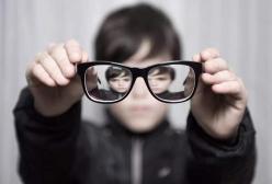 孩子视力下降还可以恢复吗?孩子视力下降家长可以做什么